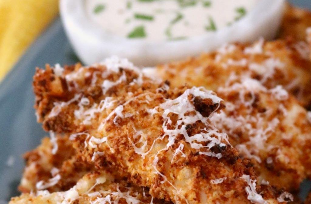 Kippenborst met parmezaanse kaas in de airfryer