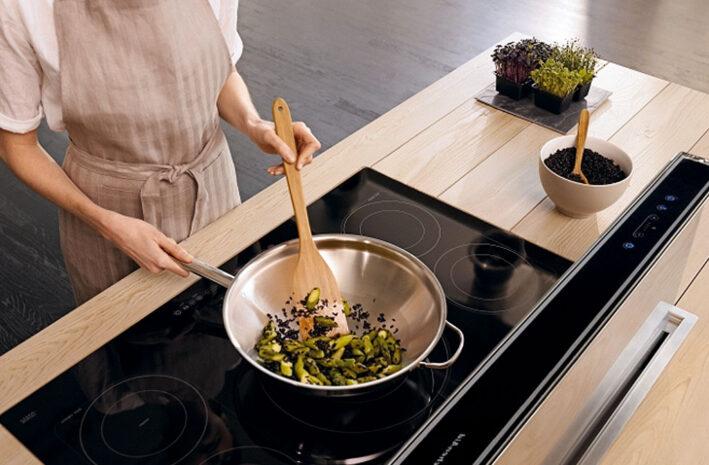 Beste inductie wok pannen om te wokken op een inductiekookplaat