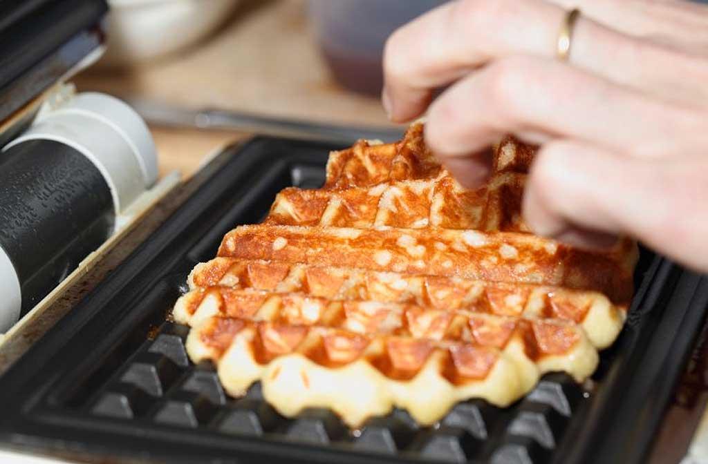 Hoe maak je een wafelijzer perfect schoon?